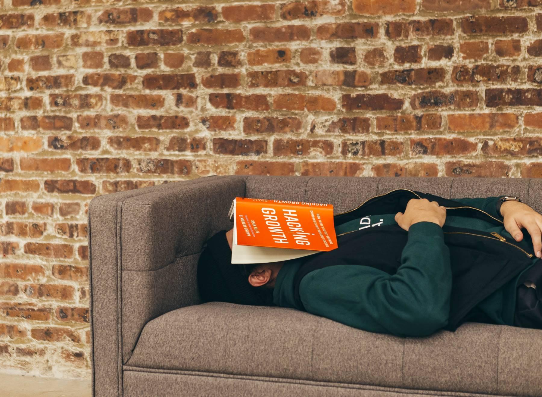 Sleep psychological education